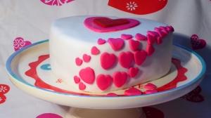 gluten-free-valentine-cake