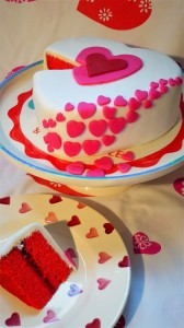 gluten-free-valentines-cake